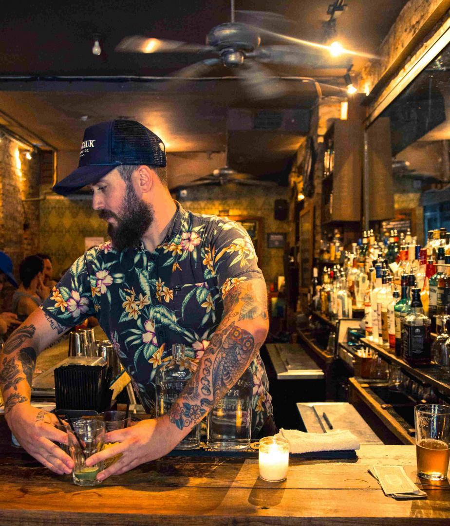 Rich Wade / Bua Bar