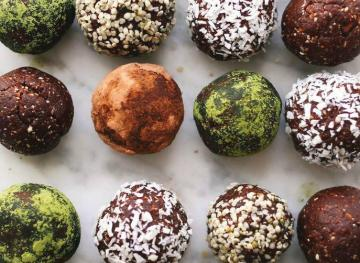 These 7 Recipes Capture Cacao Nibs In All Their Glory
