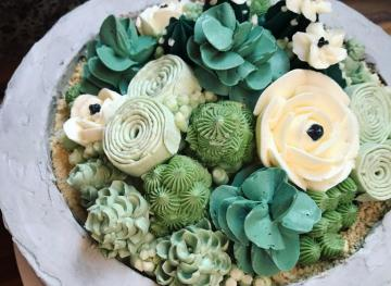 These Succulent Cakes Are So Pretty You (Almost) Won't Want To Eat Them