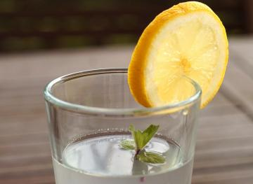 Why You Should Drink Warm Water With Lemon Every Day