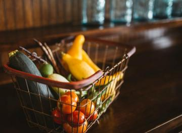 6 Easy Ways To Cut Down Your Grocery Bill