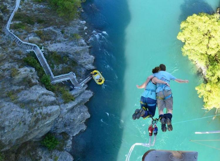 Best Bungee Jumps In The World Will Have You Reeling - Take the plunge 8 best places in the world to bungee jump