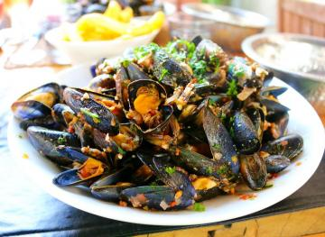 Here's How You Can Eat Seafood On A Budget