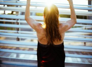 10 Ways To Stay Fit When You're Super Broke
