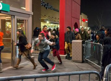Science Explains Why You Lose Your Sh*t On Black Friday