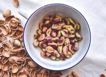 Science Says Eating Peanuts And Pistachios Can Boost Your Brain Power