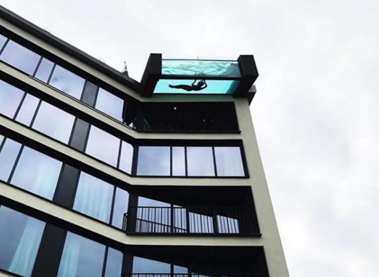 hotel göteborg pool