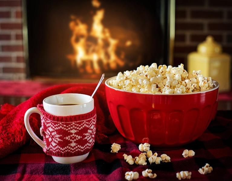 Popcorn-Winter-Warm-And-Cozy-Coffee-1975