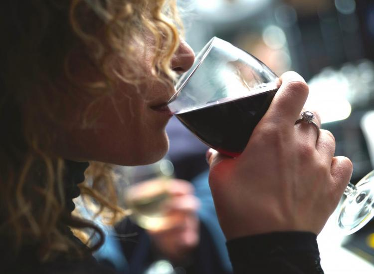 Wine Can Help Cleanse Your Brain Of Waste And Toxins, According To Science
