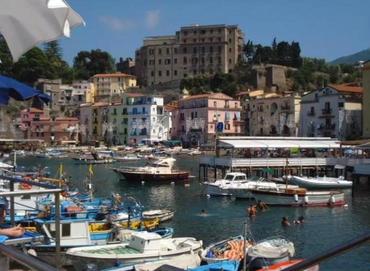 This Italian Sailboat Airbnb Lets You Cruise Around The Amalfi Coast