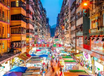 8 Of The Coolest Night Markets In The World For Evening Shopping Bliss