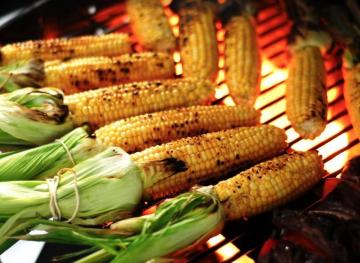 Here's How To Grill Fresh Corn To Perfection