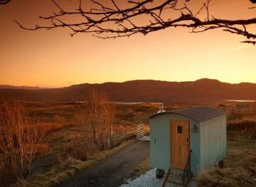 This Secluded Shepherd's Hut Airbnb Lets You Live Amongst Scotland's Rolling Hills