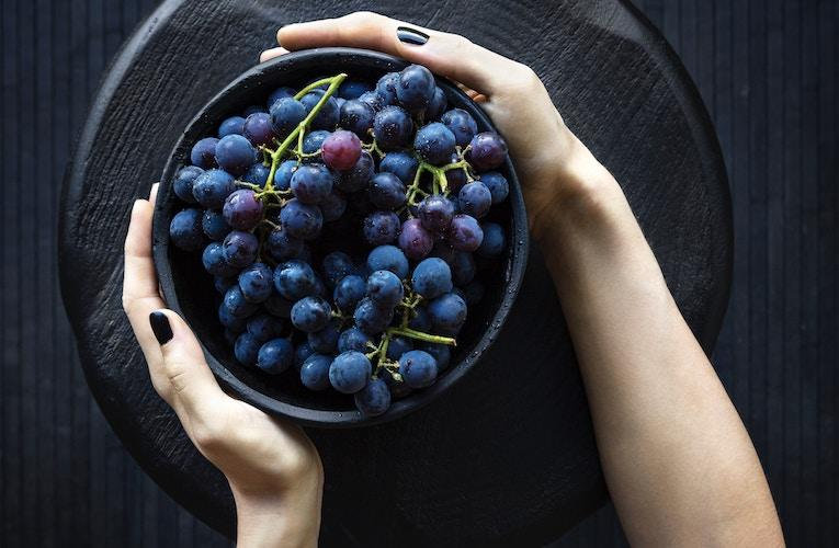 why eating too many grapes is bad for you