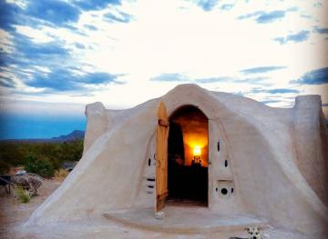 This Airbnb Dome Near Big Bend National Park Is The Ultimate Off-Grid Glamping Experience