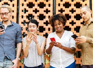 Insider Tips For Texting Around The World, Because Language Is Wildly Complicated