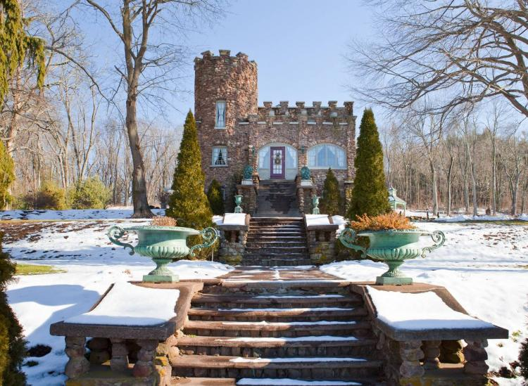 Connecticut castle airbnb