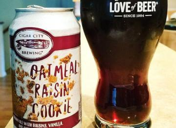 Oatmeal Raisin Cookie Beer Is A Thing And It's Just As Sweet As You'd Think