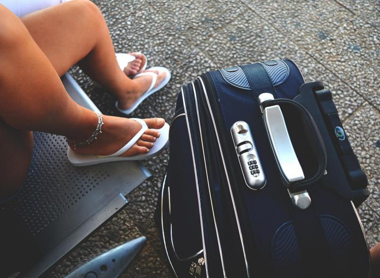 Gate-Checking Your Carry-On Means No Standing In Boarding Lines