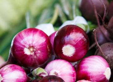 Your Guide To Cooking With Every Type Of Onion
