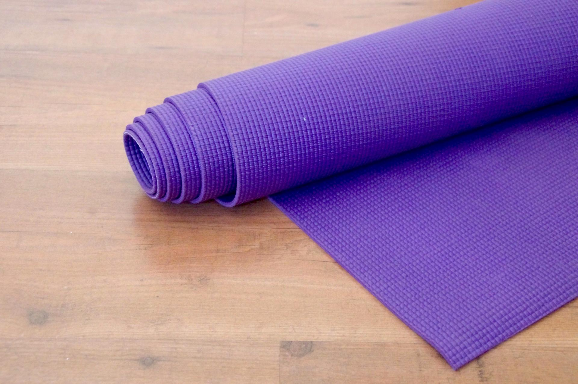 best way to clean a yoga mat