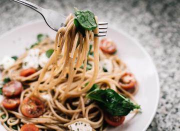 5 Reasons You Actually Need Carbs In Your Diet