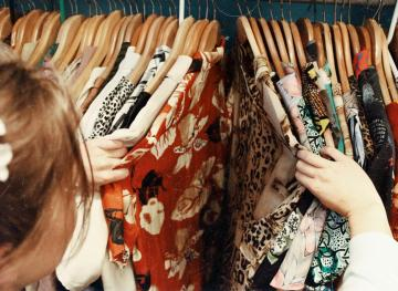 5 Of The Best Ways To Sell Clothes Online That Aren't eBay