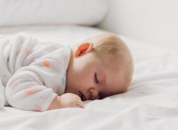 Here's The Optimal Bedroom Temperature For Sleeping Like A Baby