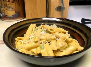 This Pumpkin Fettuccine Alfredo With Chicken And Spring Peas Recipe Will Change Your Life