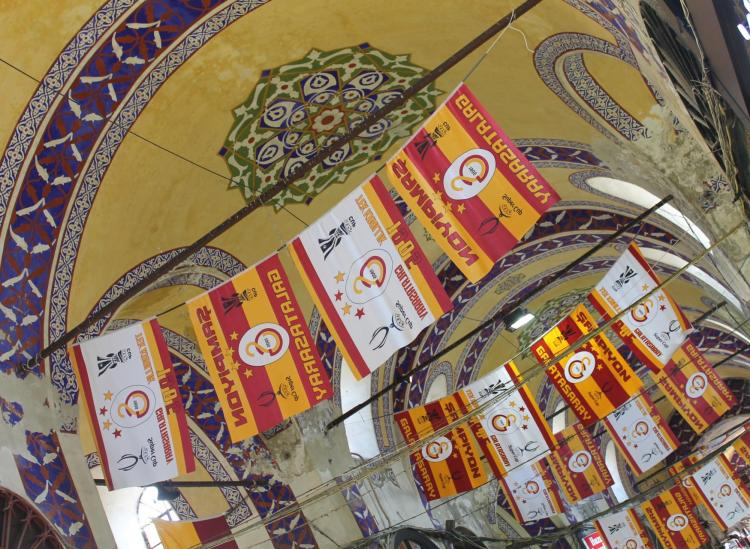 Everything You Need To Know Before Shopping At Istanbul's Grand Bazaar