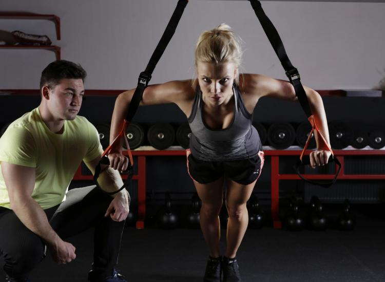 pros and cons of being a personal trainer