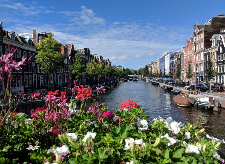 The Ultimate Walking Route Along Amsterdam's Canals