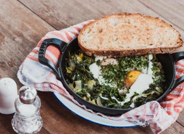 Cooking Food In A Cast-Iron Skillet Could Help You Fight Your Iron Deficiency