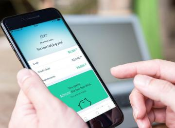 This Financial App Makes Money Management Crystal Clear