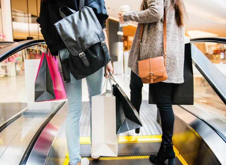seasonal spending habits