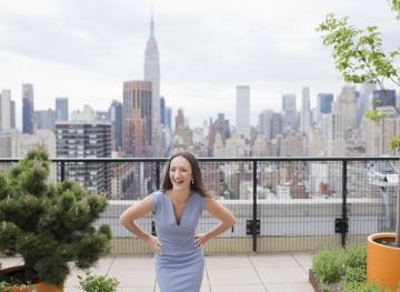 How This 20-Something Went From Side Hustler To Full-Time Entrepreneur
