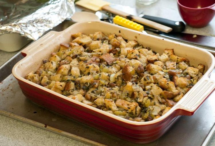 Here's The Only Stuffing Recipe You Need For Thanksgiving