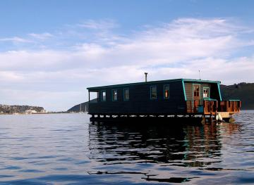 Enjoy A 360-Degree View Of The Indian Ocean From This South African Houseboat