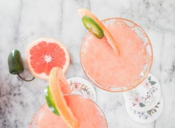 7 Non-Alcoholic Cocktails To Serve At Your Next Dinner Party