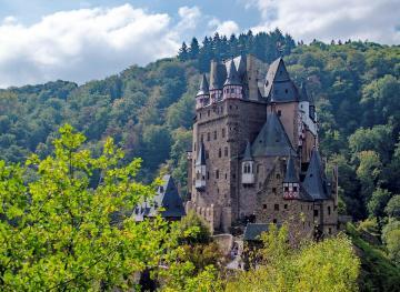 Eltz Castle Is The Home Of Your Fairytale Dreams