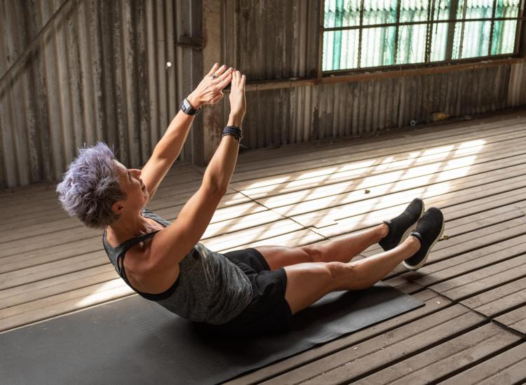 The Bodyweight Circuit Workout You Can Do All Year Long