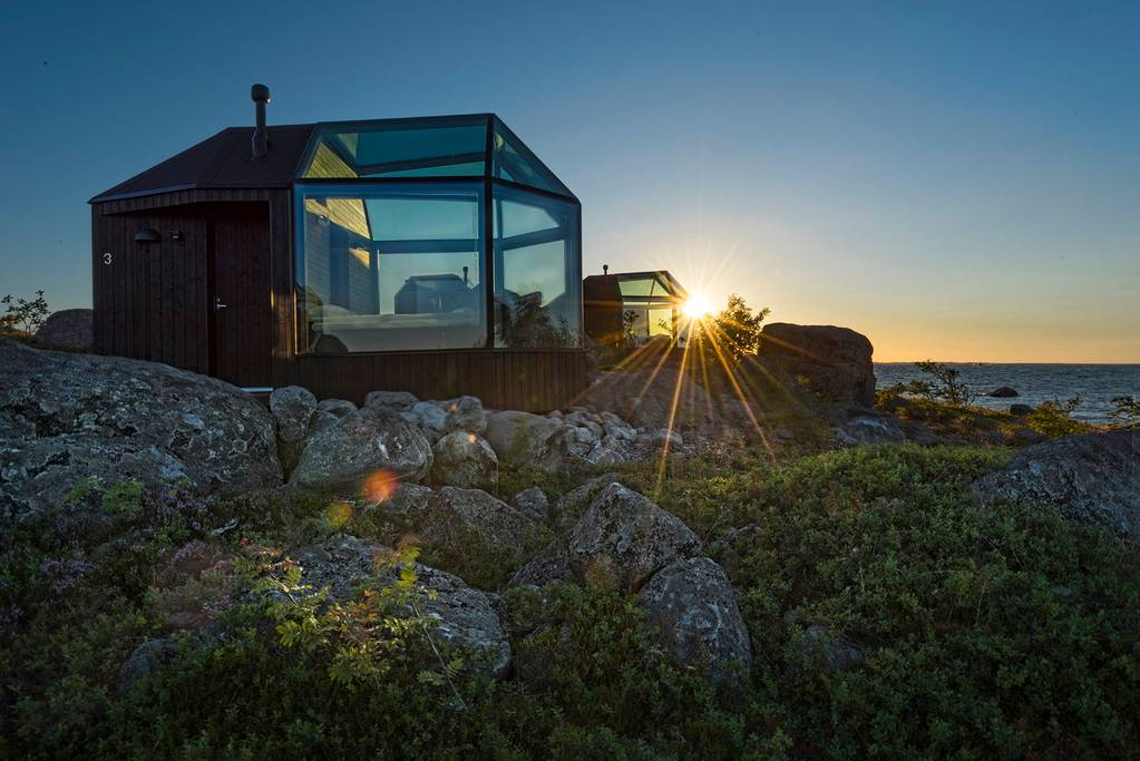 finland igloo airbnb
