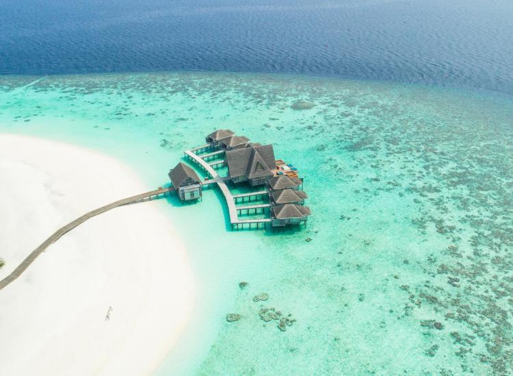 affordable overwater bungalows