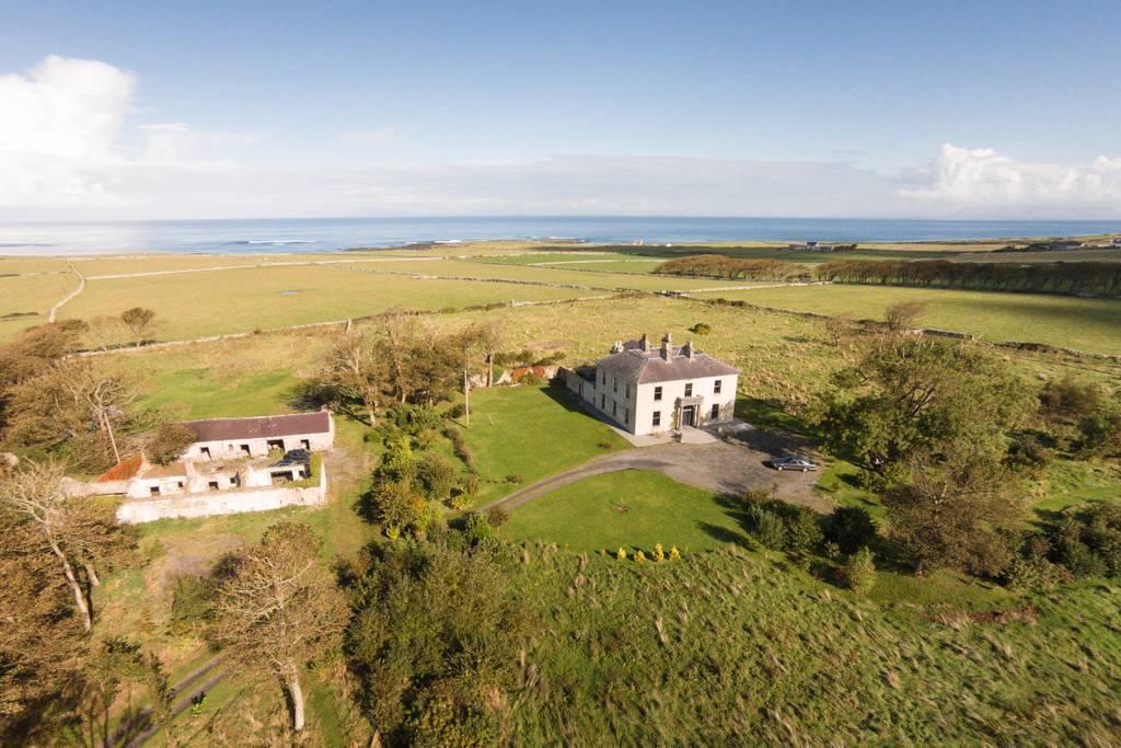 ireland castle airbnb