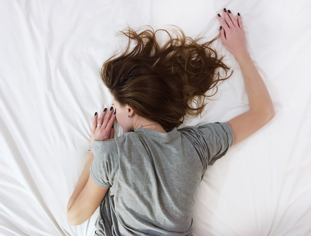 rachel brosnahan advice sleep