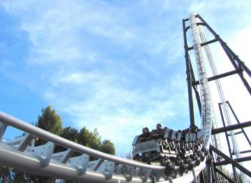 The 7 Craziest Roller Coasters Around The World That Every Dare Devil Needs To Try
